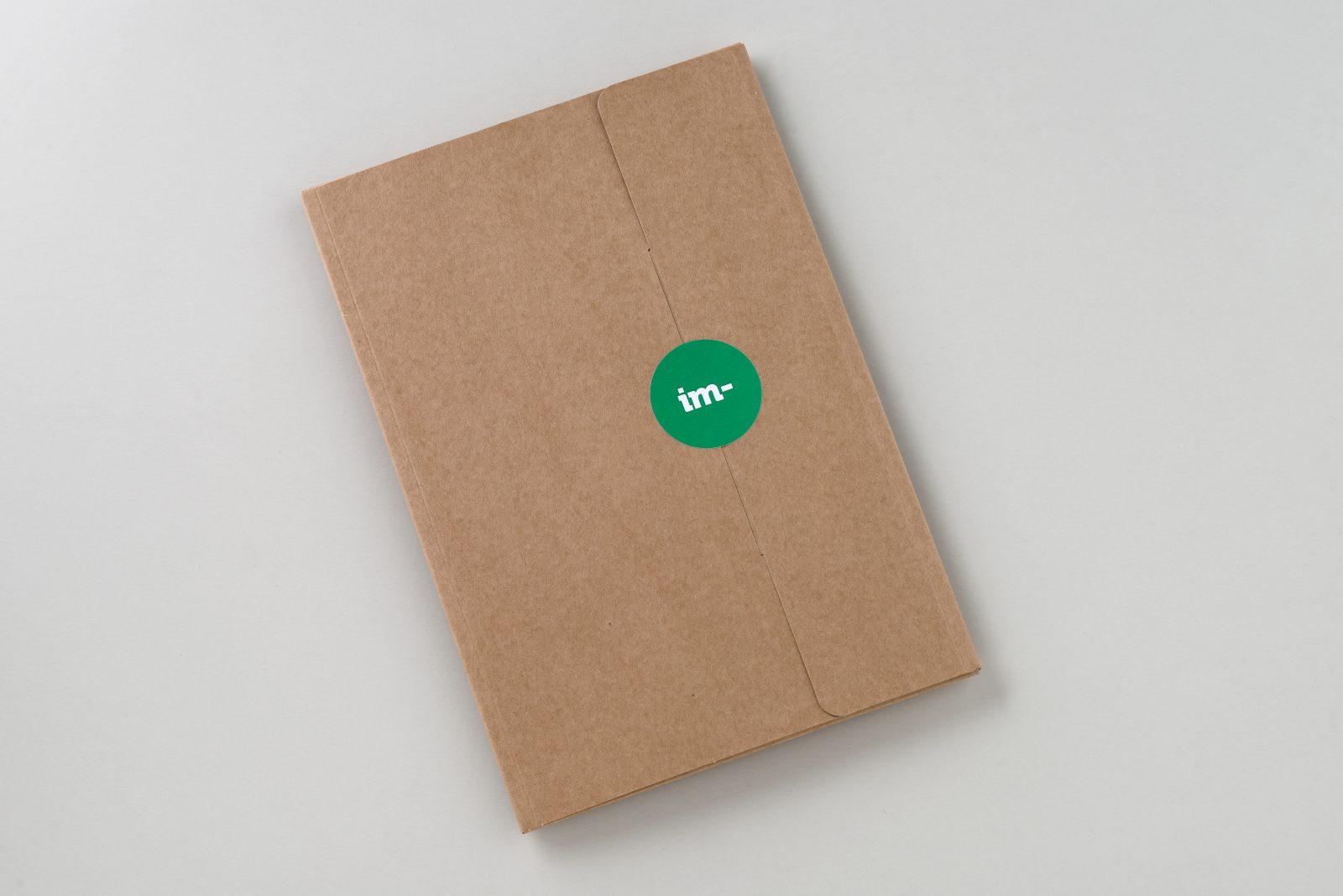 19c3dbc10 ... que tenemos disponibles en los productos estándar de la web, pero  recuerda que hay miles de referencias de papel y podemos hacer presupuestos  a medida.