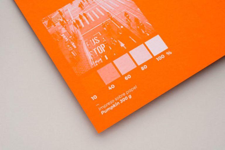muestra de papel tono pumpkin